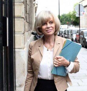 Elisabeth Guigou, presidente de la Commission des Affaire Etrangere, condamne l'arrestation de Modeste Boukadia
